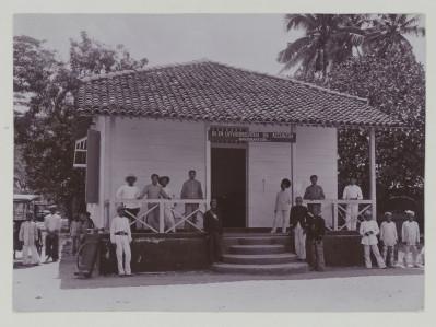 Mengurai Sejarah Lembaga Bea Cukai