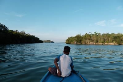 Laut Biru di Kepulauan Maluku